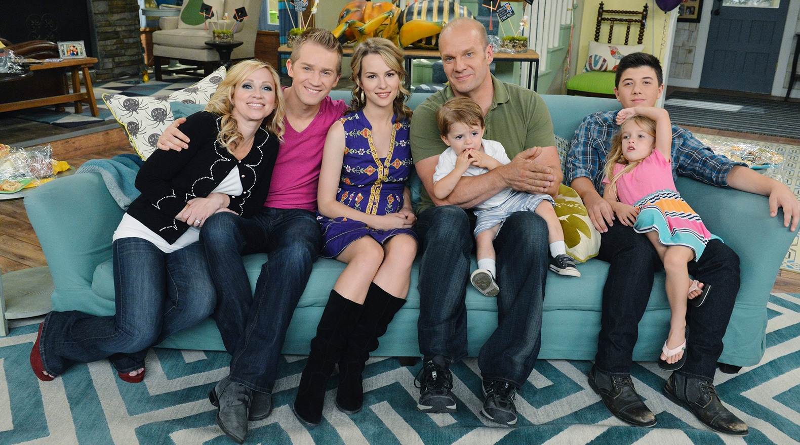 Good Luck Charlie Gallery