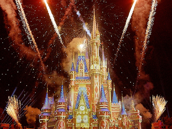 Virtual Viewing of 'Happily Ever After' at Walt Disney World Resort