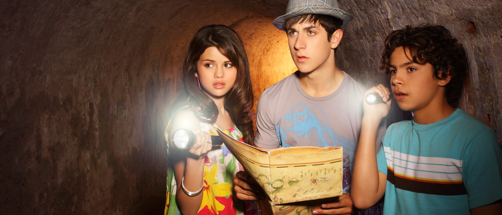 Wizards of Waverly Place: The Movie Hero