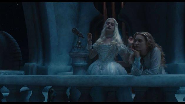 Temos companhia - Alice no País das Maravilhas