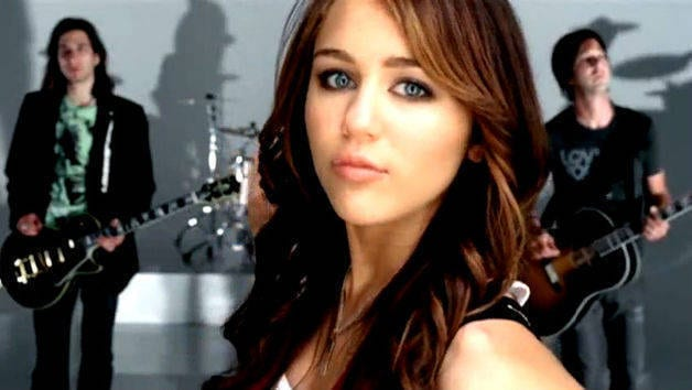 7 Things - Official Music Video - Miley Cyrus