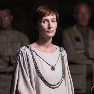 6 Things You Might Not Know About Mon Mothma