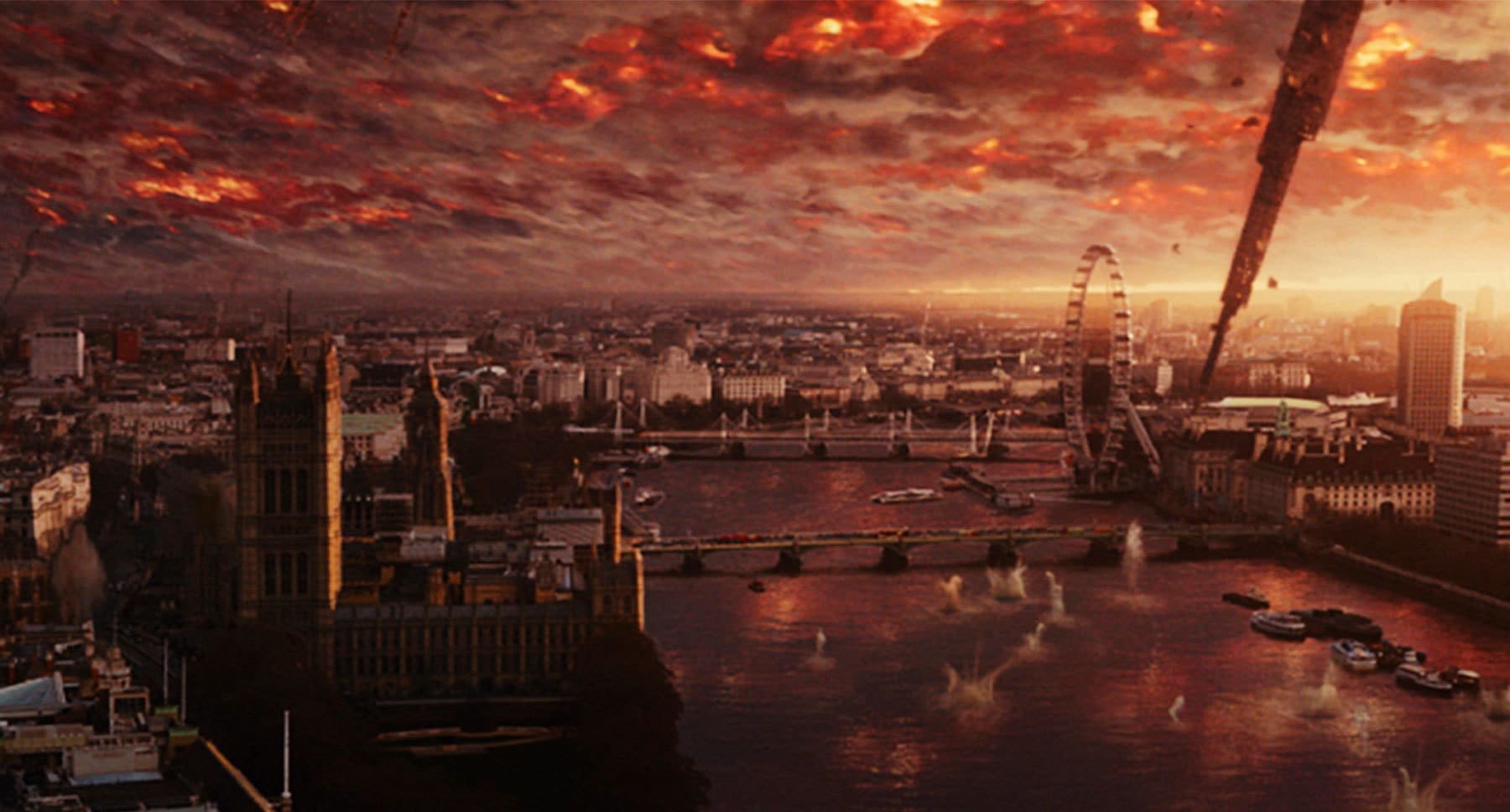 "Aerial view of the city of London in a scene from the movie ""Independence Day: Resurgence"""