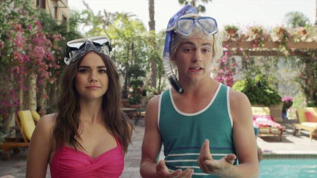 Ross vs. Maia   Extreme (Poolside) Water Sports   Teen Beach 2