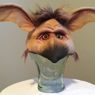 Make This Salacious Crumb Cap and Win the Hearts of Hutts Everywhere