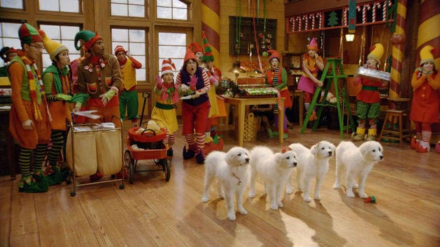 Los cachorros de Santa - Santa Paws 2