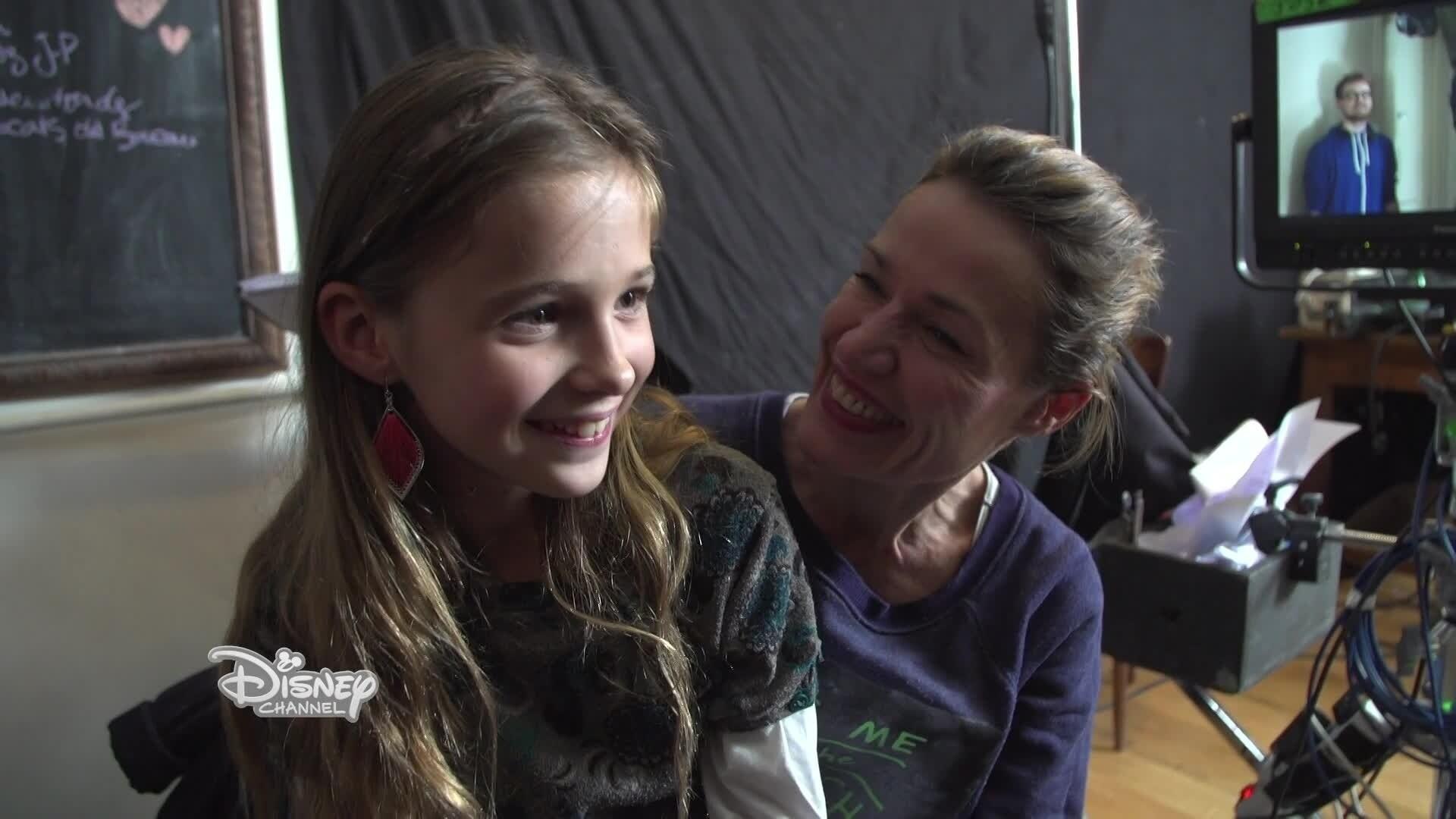 Disney Channel : Happy Moments - Camille, Océane et Jade sur le tournage de Mère et Fille