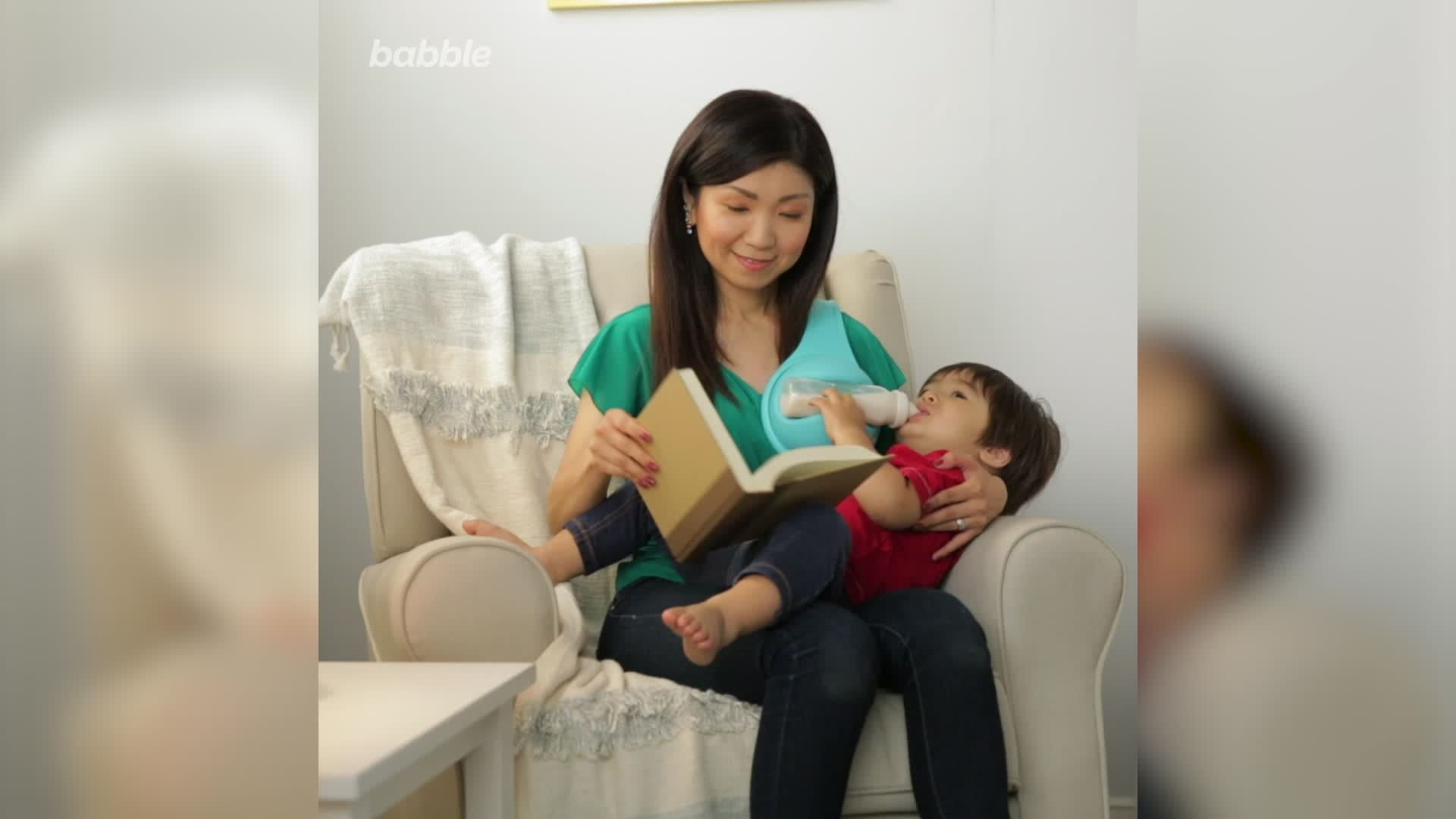 This Free-Hand Bottle Holder Is Changing the Way Parents Bottle-Feed Their Babies