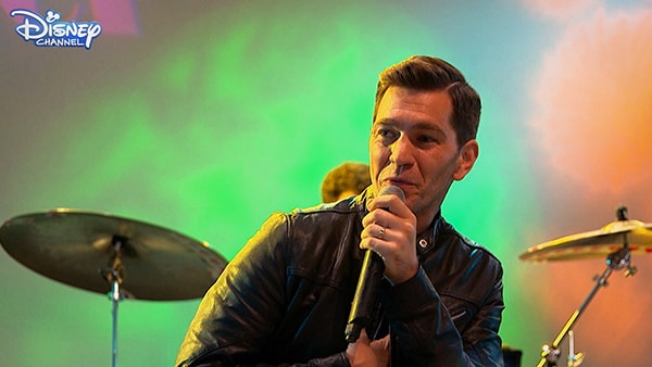 It's Andy Grammer