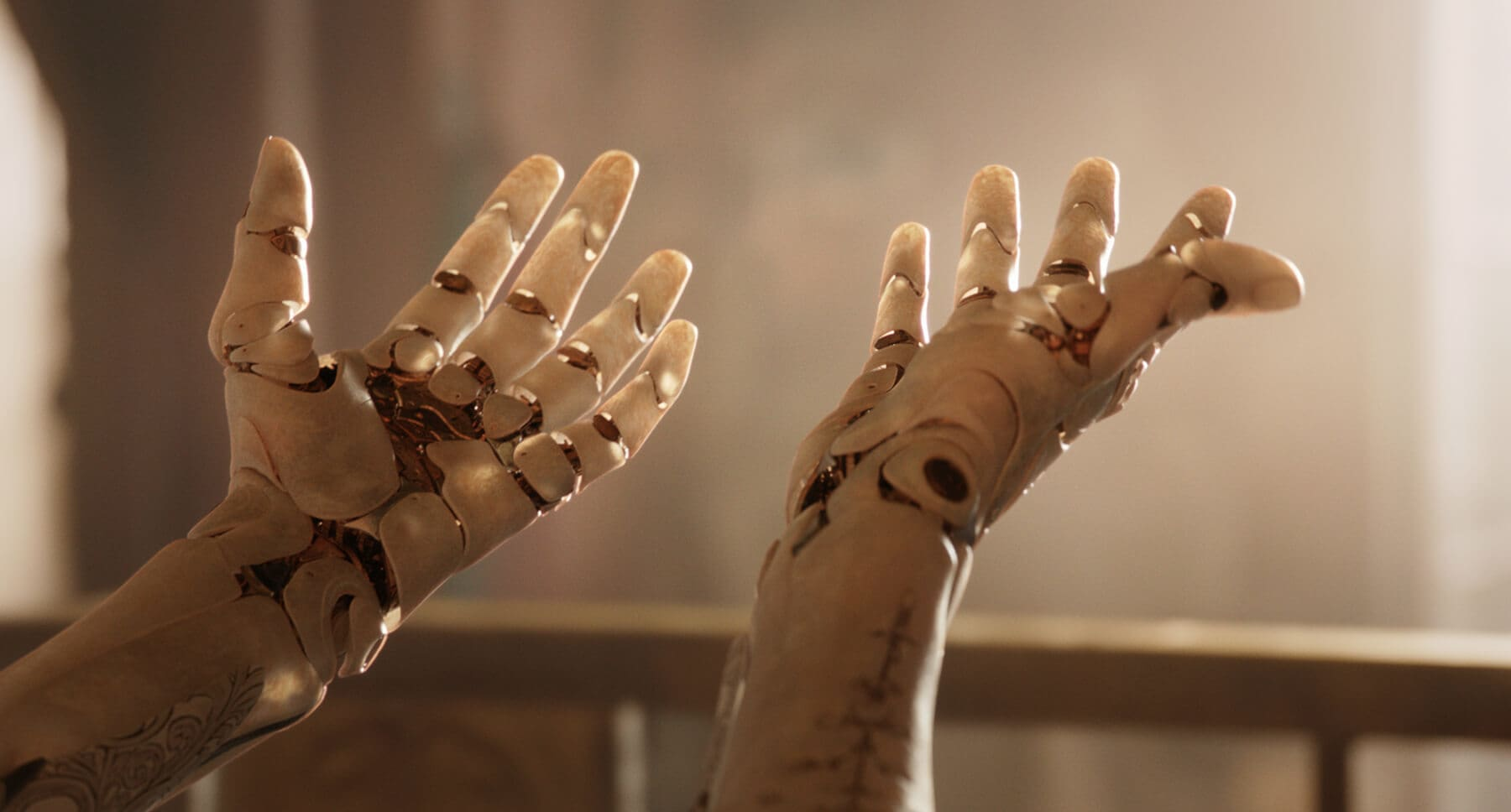 "Alita's hands in the movie ""Alita: Battle Angel"""
