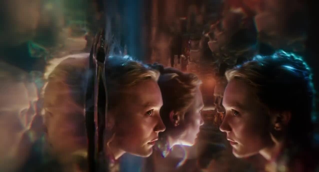 Frozen fever trailer ufficiale frozen il regno di - Alice e lo specchio ...