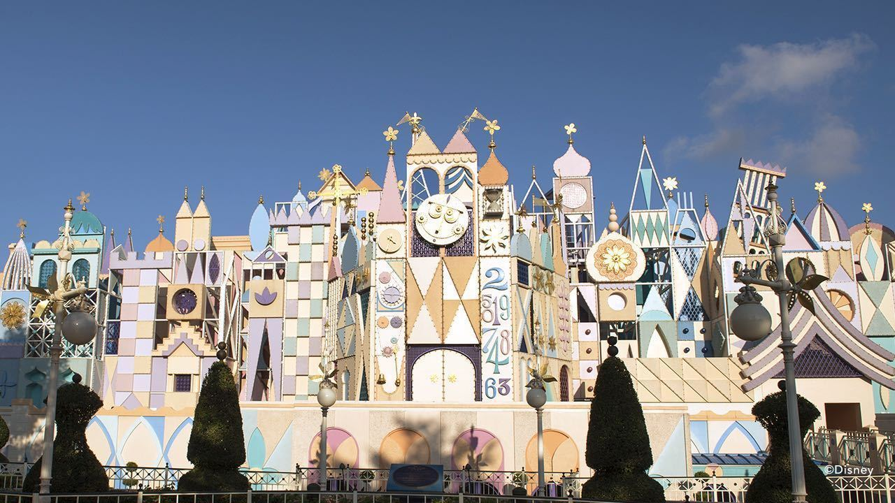"See a Magical Virtual Ride-Through of ""it's a small world"""