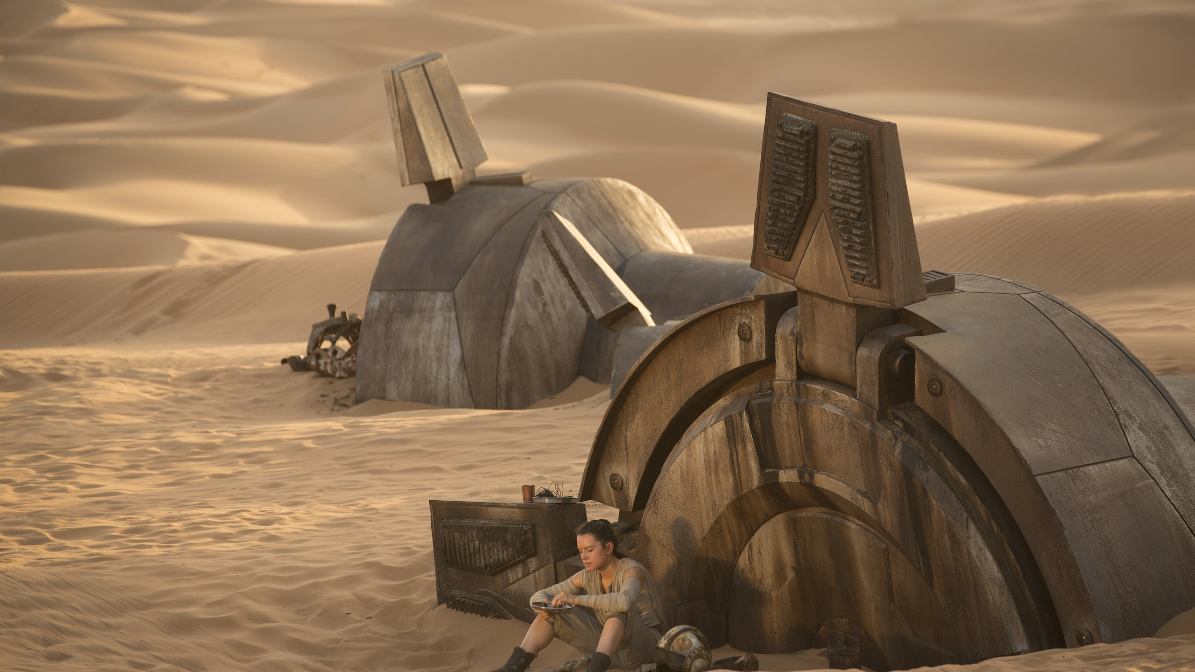 Imagining a Day of Scavenging on Jakku