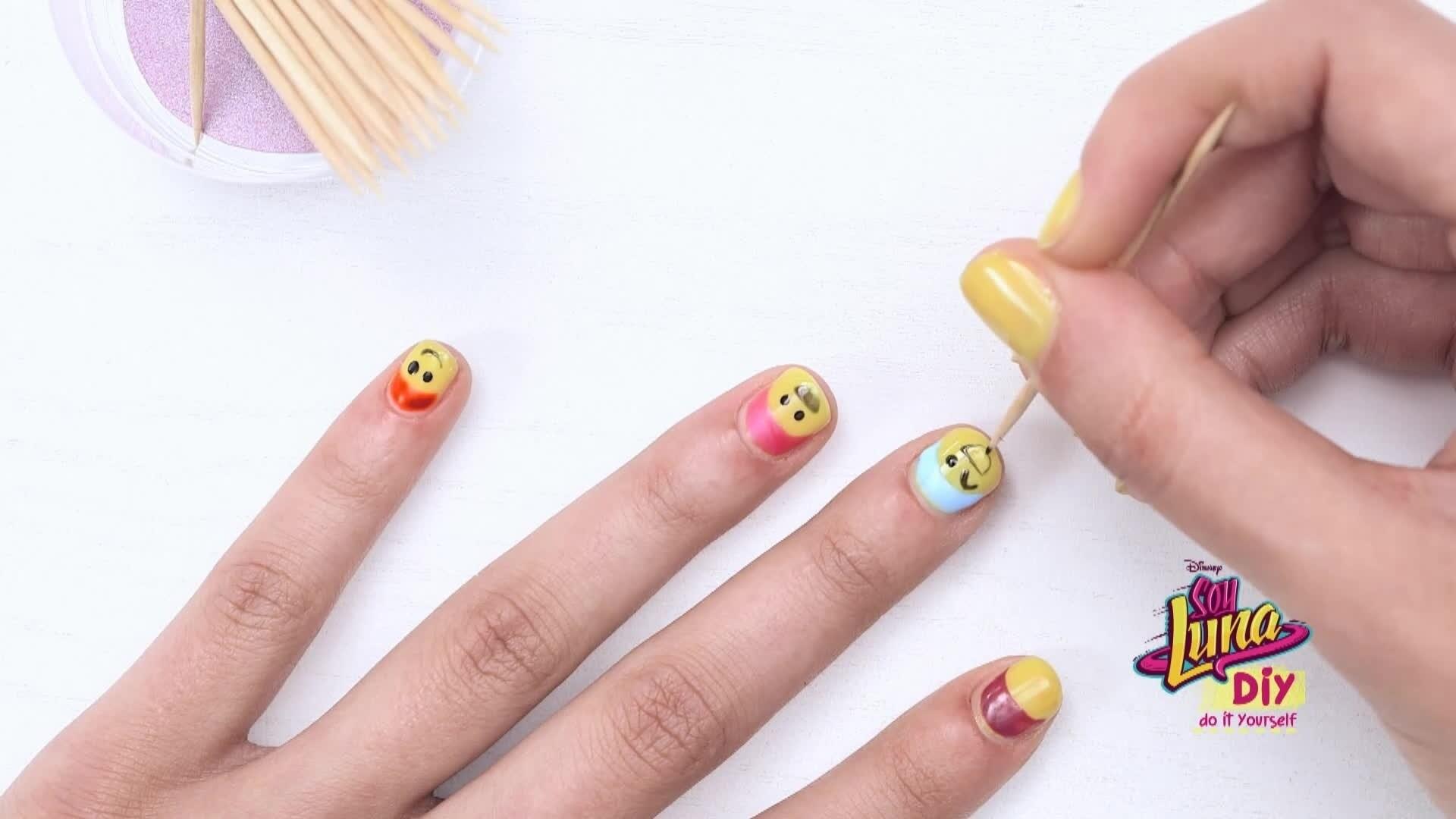 Soy Luna - DIY: Nail art #1
