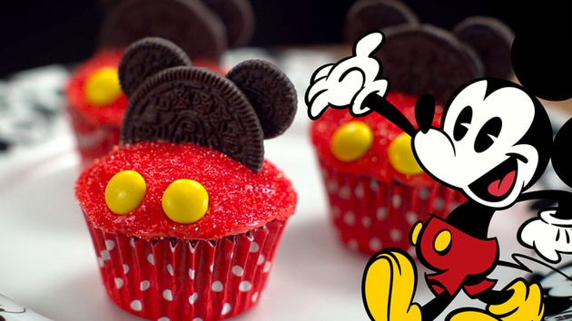 Mickey Mouse Cupcakes | Dishes by Disney
