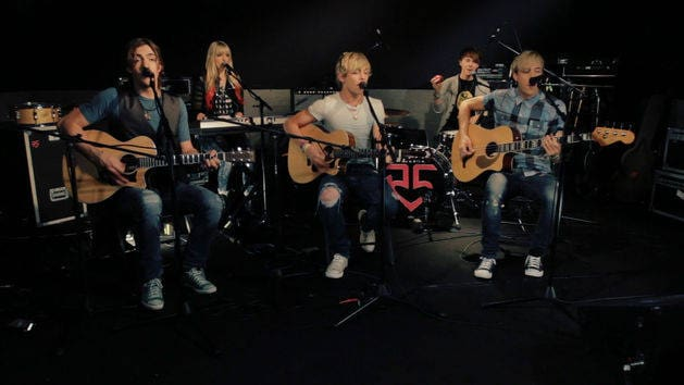 Fallin' For You (Acoustic) - R5