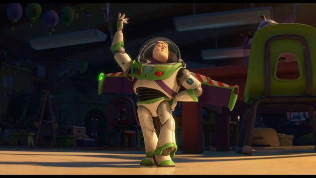 Buzz começa a falar espanhol - Toy Story 3