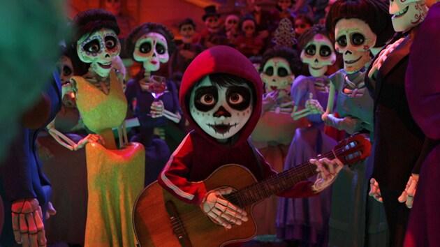 "Anthony Gonzalez ""The World Es Mi Familia"" (From ""Coco"")"