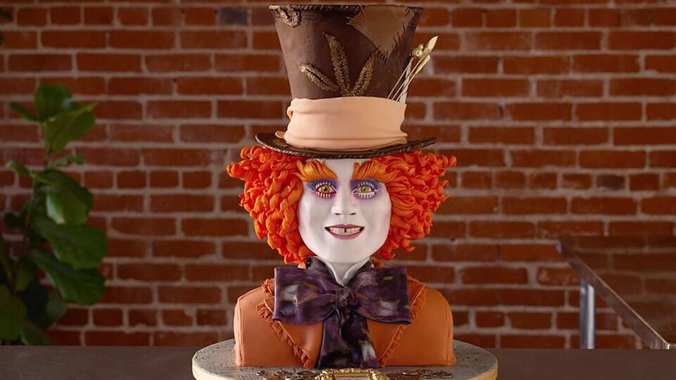 Asombrosa recreación del Sombrero Loco en una torta | Oh My Disney