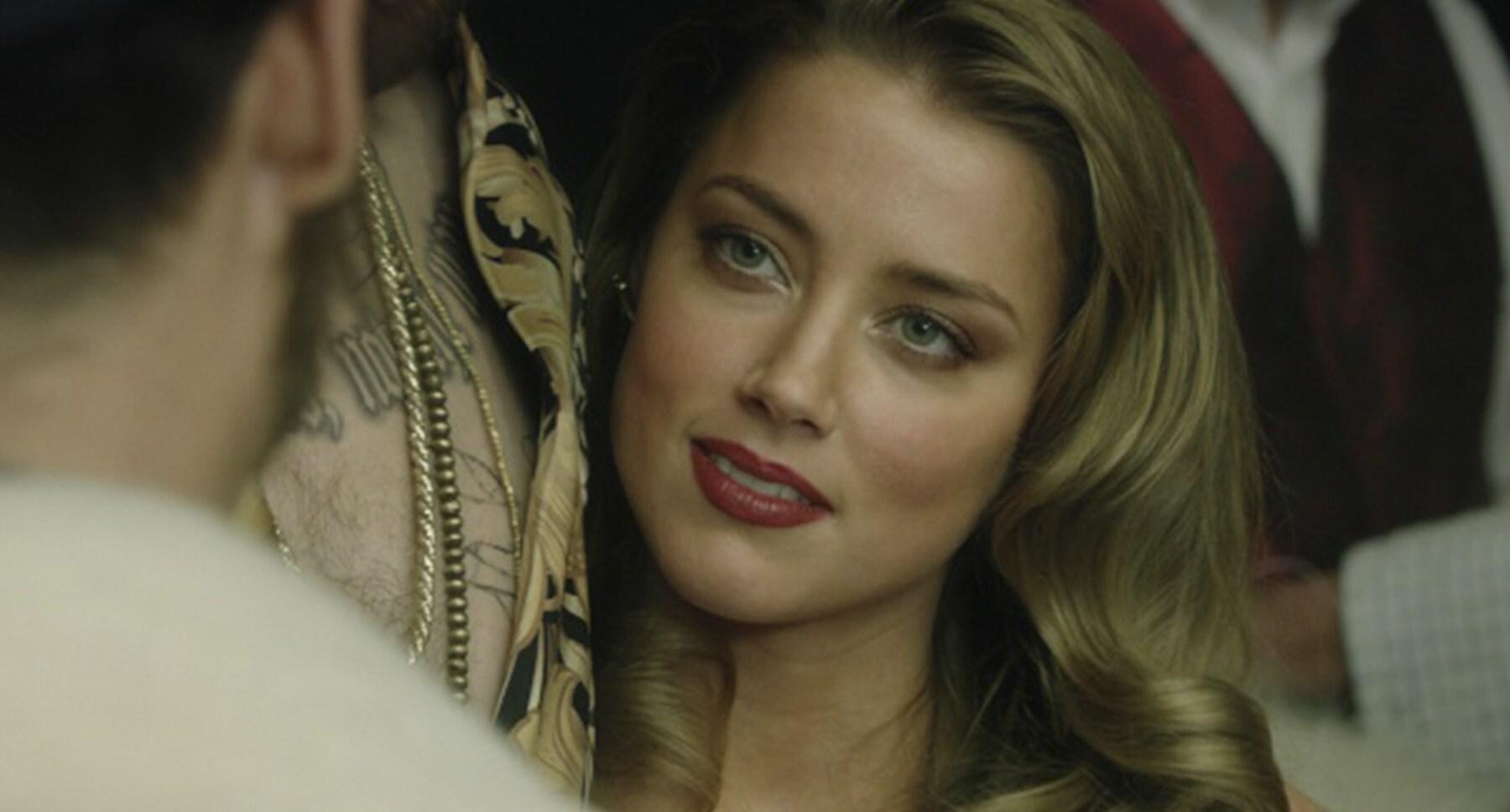 Amber Heard (as Nicola Six) in London Fields