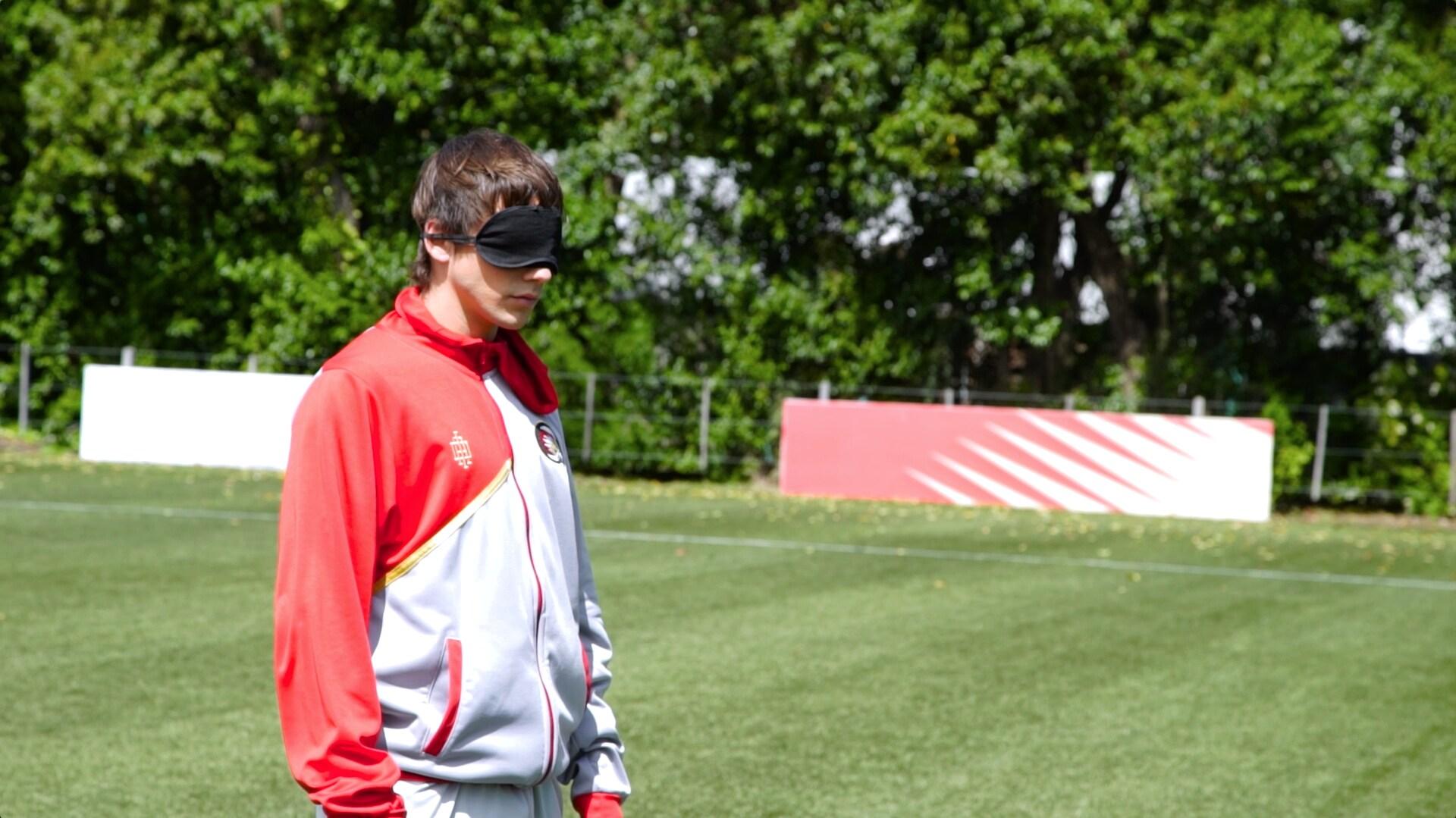 O11CE Challenges: Tiros ciegos – Lorenzo vs. Gabo