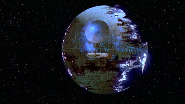 Star Wars - Dödsstjärnan II sprängs