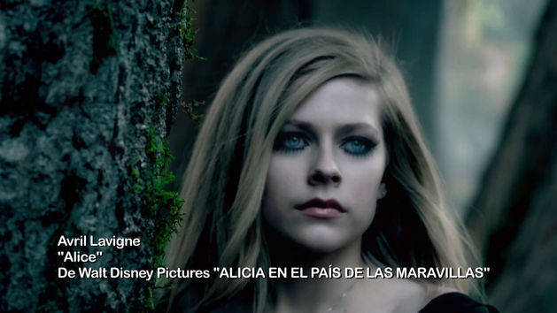 Avril Lavigne: Video Musical ¨Alice¨ - Alicia en el País de las Maravillas