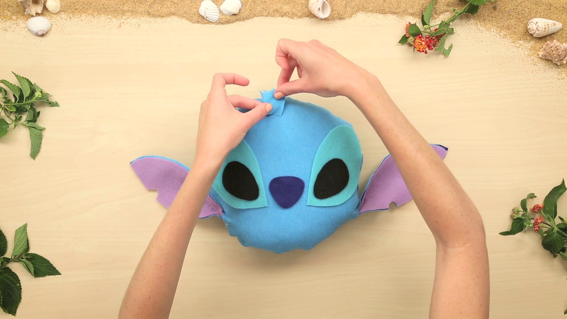 Stitch's No-Stitch Pillow | Disney DIY