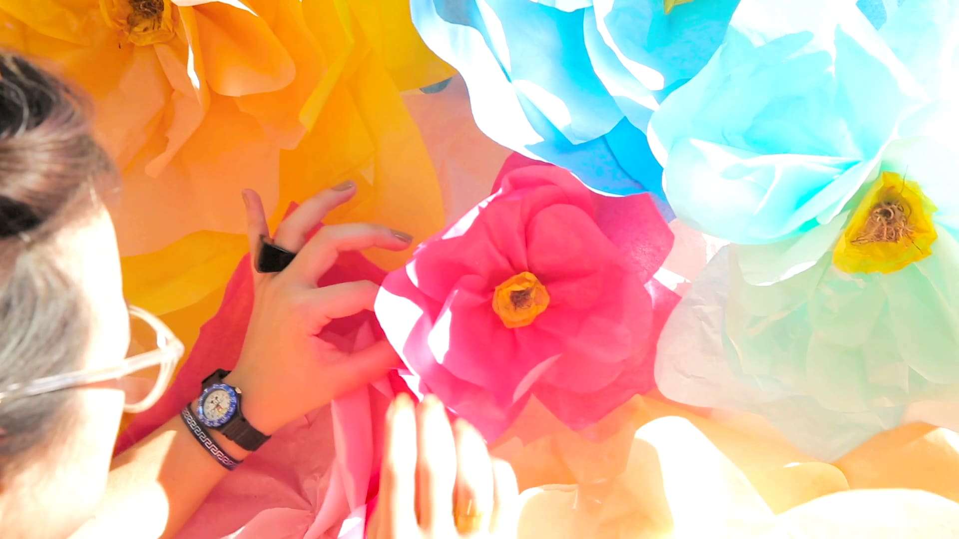 DIY Tissue Paper Flowers Inspired by Alice | Be Our Guest