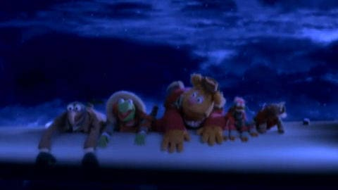 A Muppets Christmas - Catching the Flight