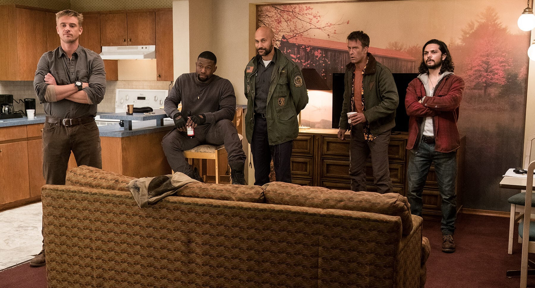"Thomas Jane, Keegan-Michael Key, Boyd Holbrook, Augusto Aguilera, and Trevante Rhodes in ""The Predator"""