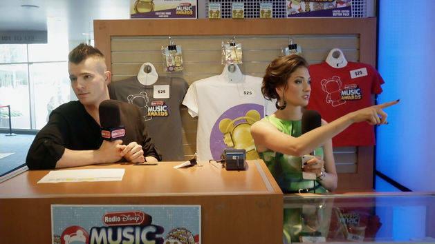 Radio Disney Music Awards - Backstage with Morgan and Maddy