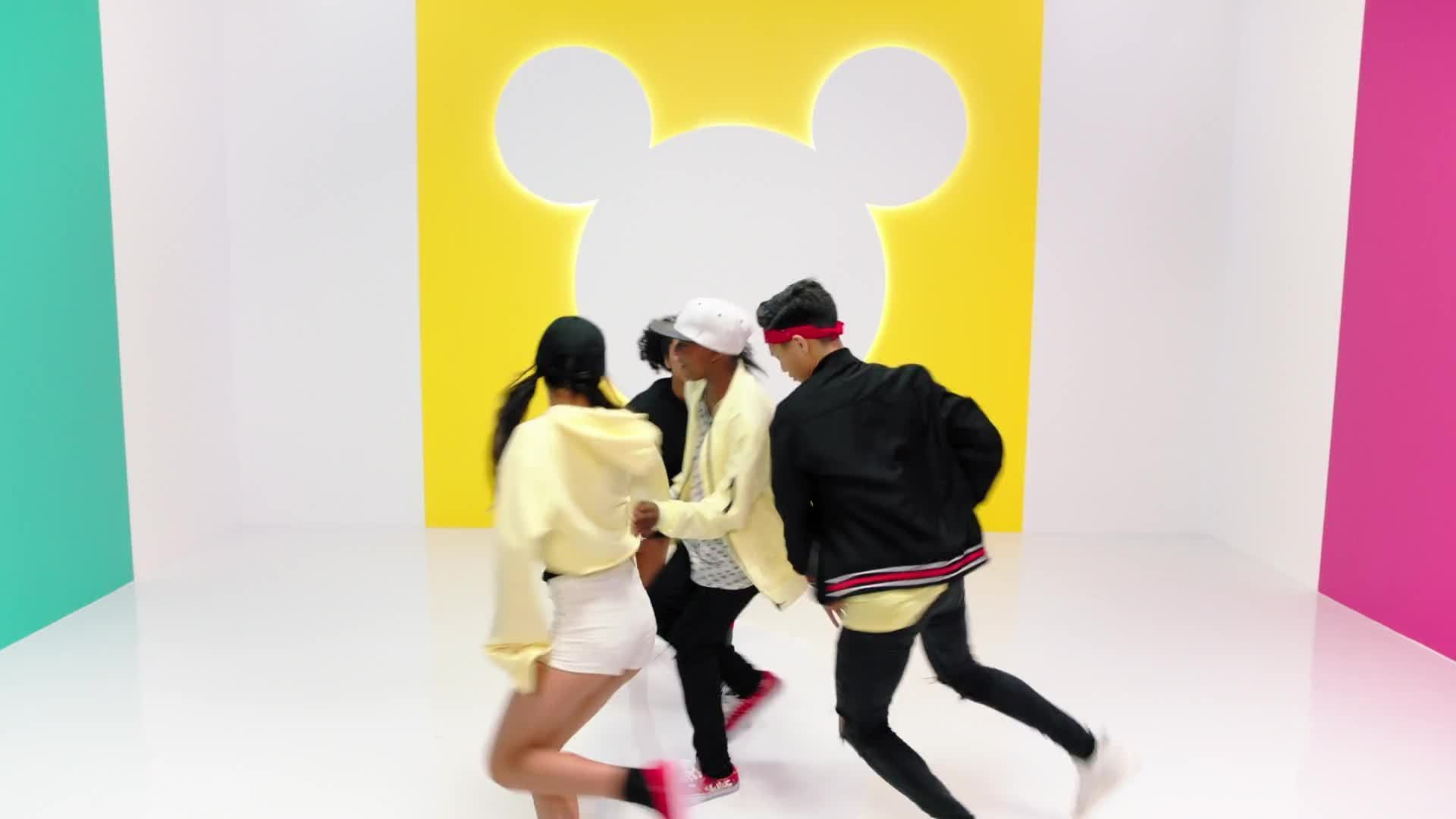 Mouseketeer Dance Battle | Club Mickey Mouse