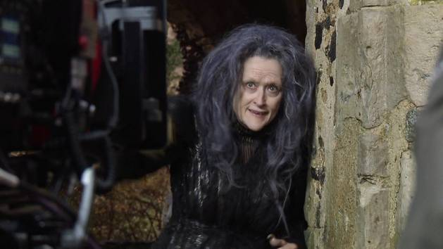 Meryl Streep as the Witch - Into The Woods Behind the Scenes