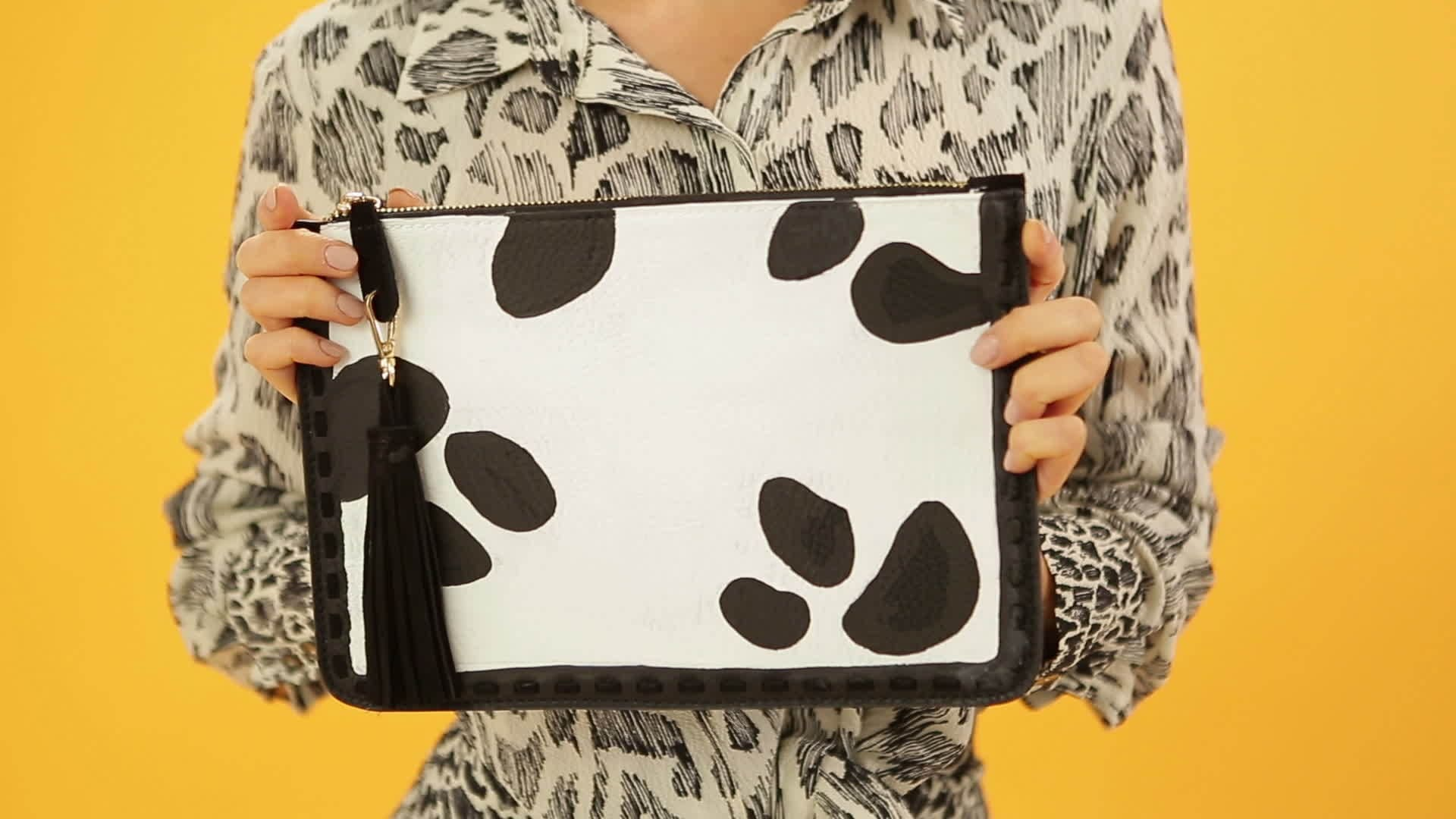 DIY 101 Dalmatians Clutch