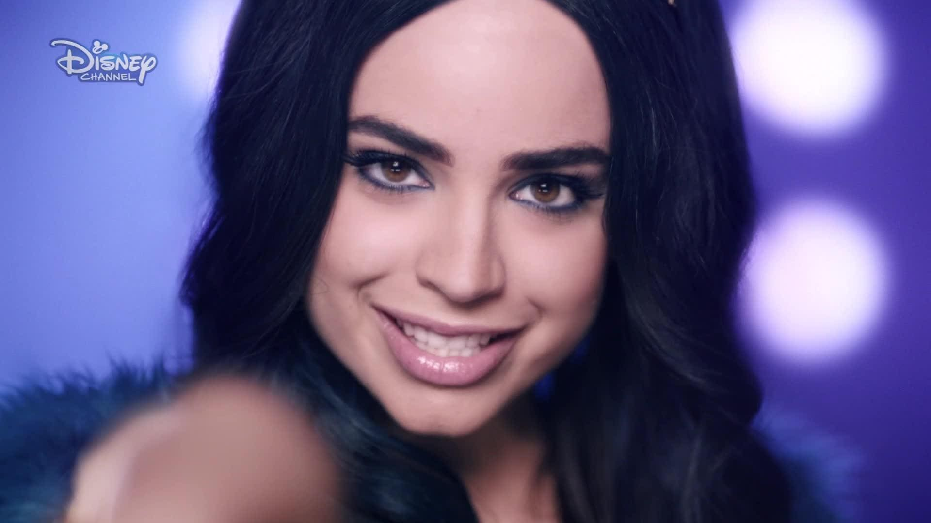 Sofia Carson | Videoklip Rotten to the Core