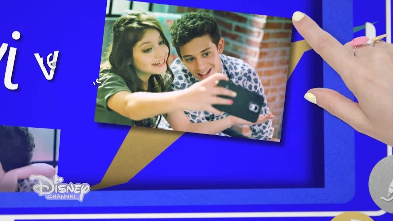 Lyric Video Vives En Mi - Soy Luna