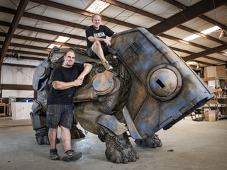 Monster Masters: How Star Wars Fans Made an Amazing, Life-Size Luggabeast Sculpture