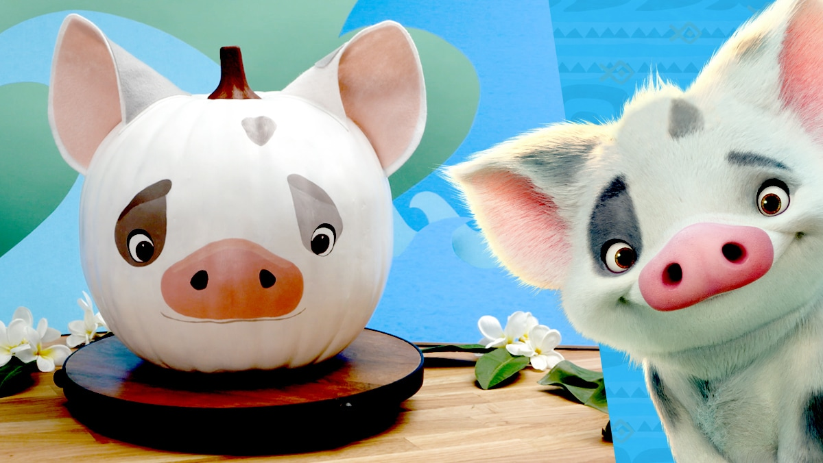 Halloween Pumpkin Painting: Pua from Moana | Disney DIY by Disney Family