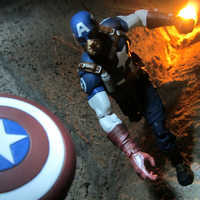 Image of Captain America Action Figure - Marvel Select - 7'' # 2