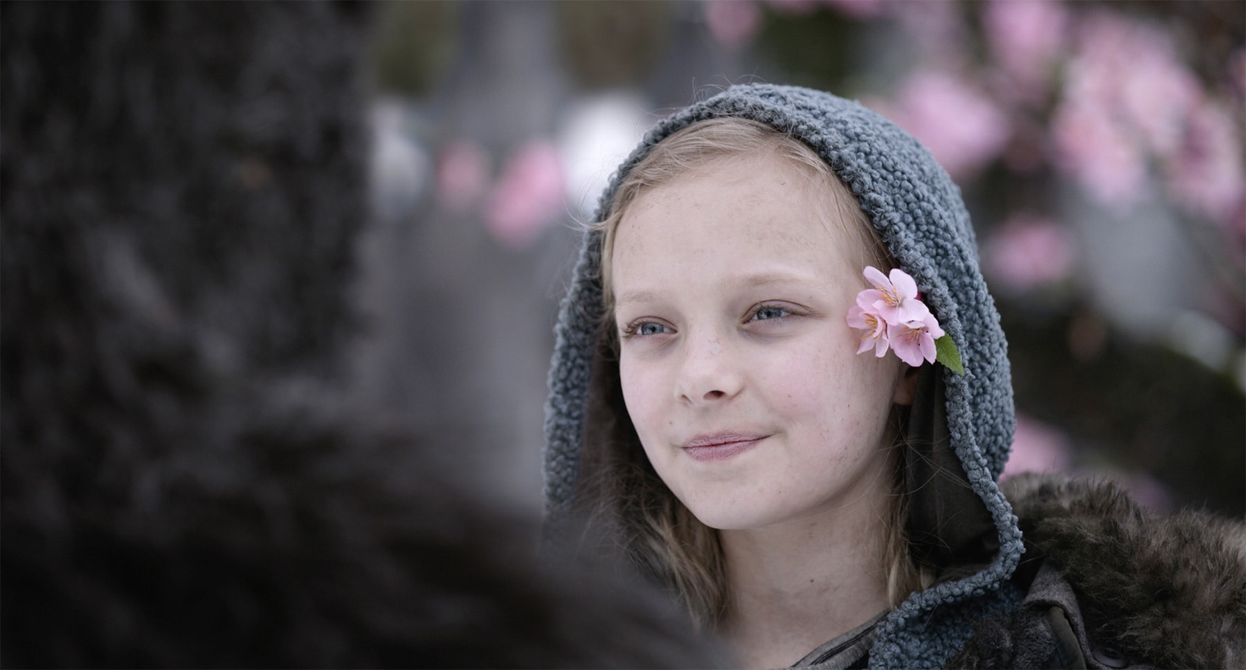 "Amiah Miller in ""War for the Planet of the Apes"""