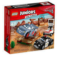 Image of Willy's Butte Speed Training Playset by LEGO Juniors - Cars 3 # 2