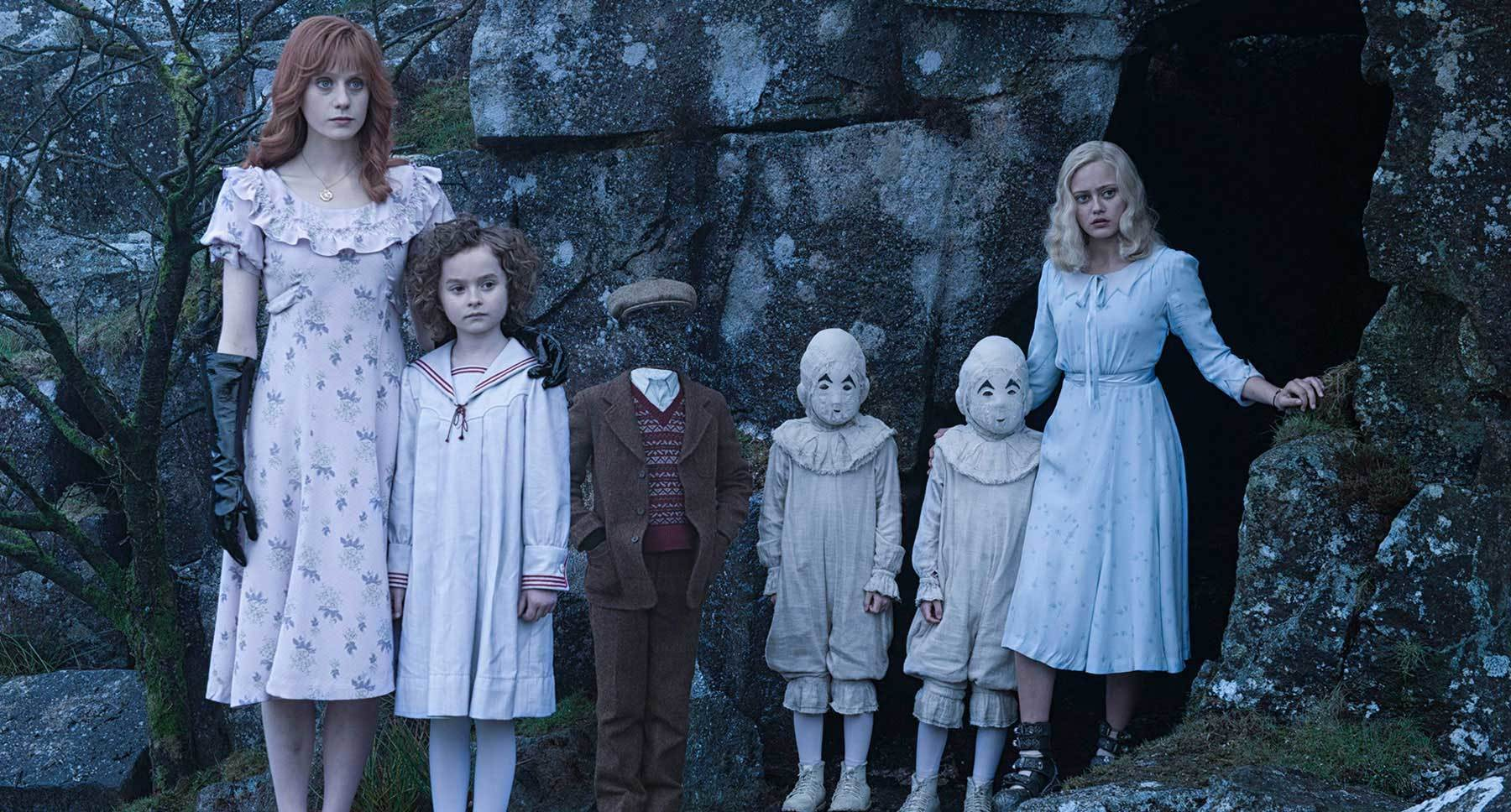"Actors Ella Purnell, Pixie Davies, Lauren McCrostie, Cameron King, Thomas Odwell and Joseph Odwell in the movie ""Miss Peregrine's Home for Peculiar Children"""