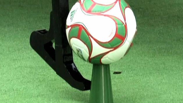 Free Kick Soccer Machine