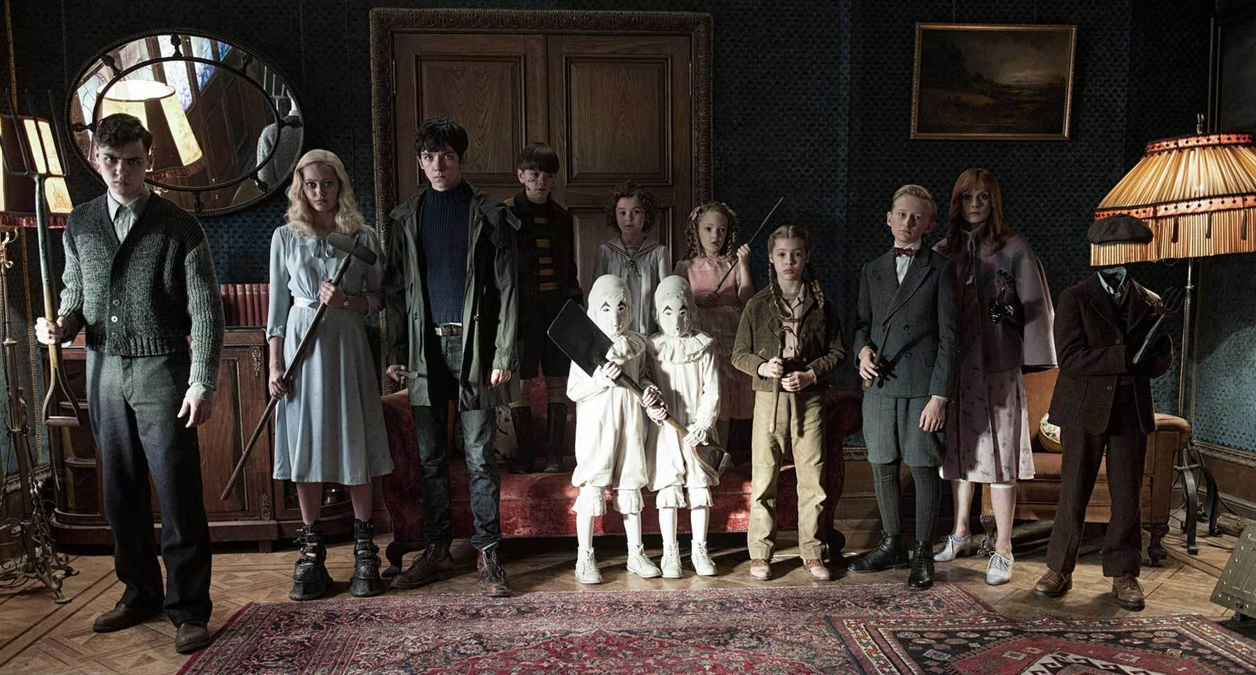"The children from the movie ""Miss Peregrine's Home for Peculiar Children"""