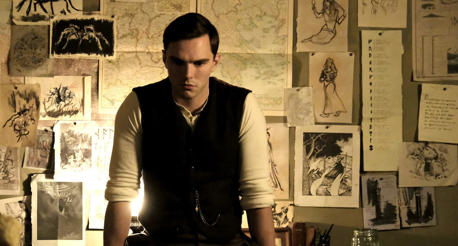 """Nicholas Hoult in """"Tolkien"""""""