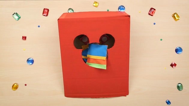 Mickey Mouse Bean Bag Toss | Disney DIY