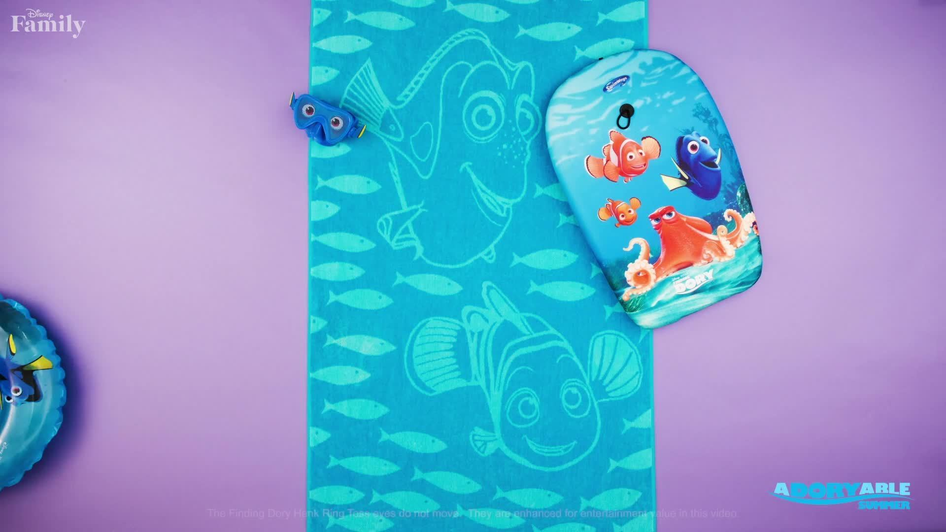 Disney Family: Dory Goes to the Beach