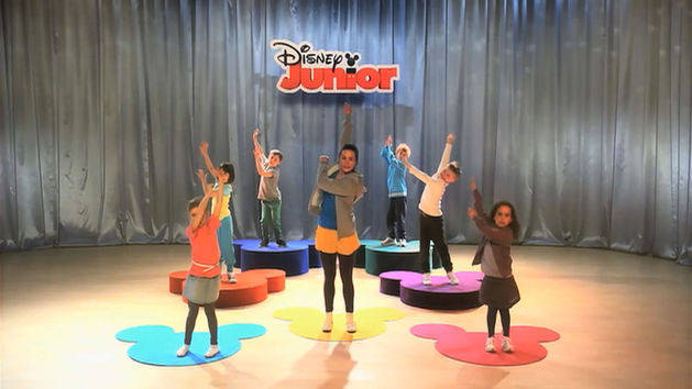 Dans med Disney Junior - Tip Top