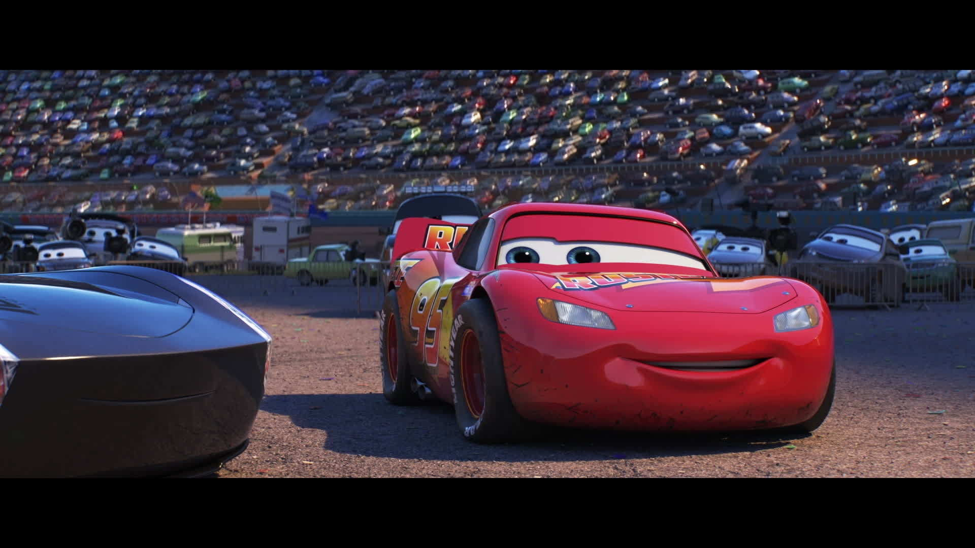 Cars 3 - Extrait : Flash McQueen rencontre Jackson Storm